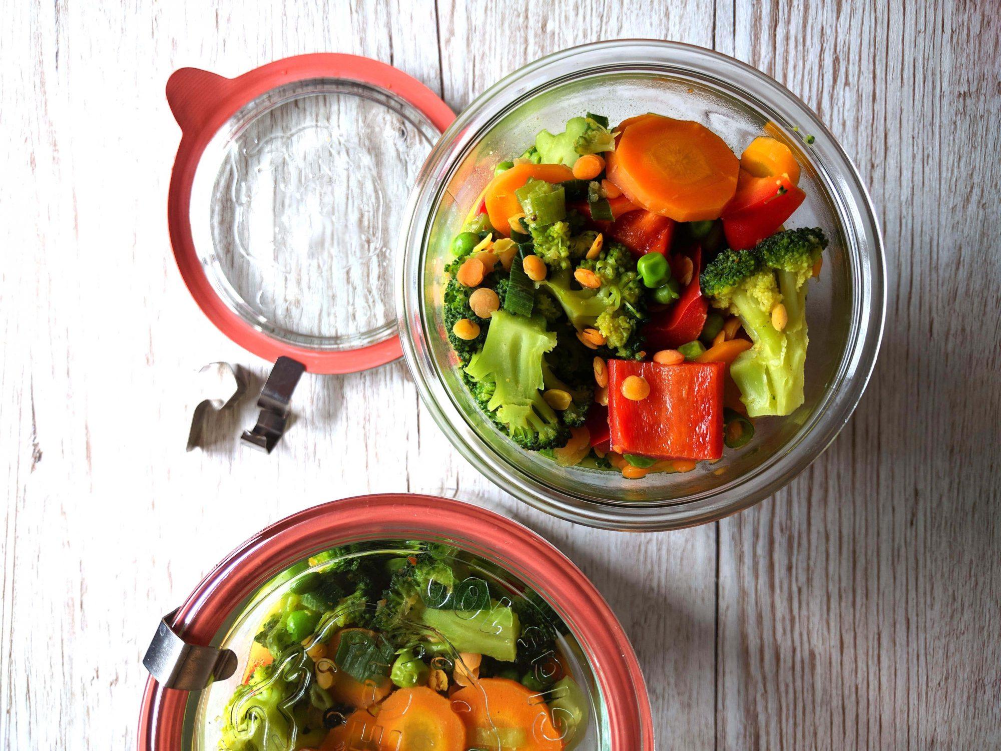 Brokkoli-Linsen-Curry mit Cashewnüssen