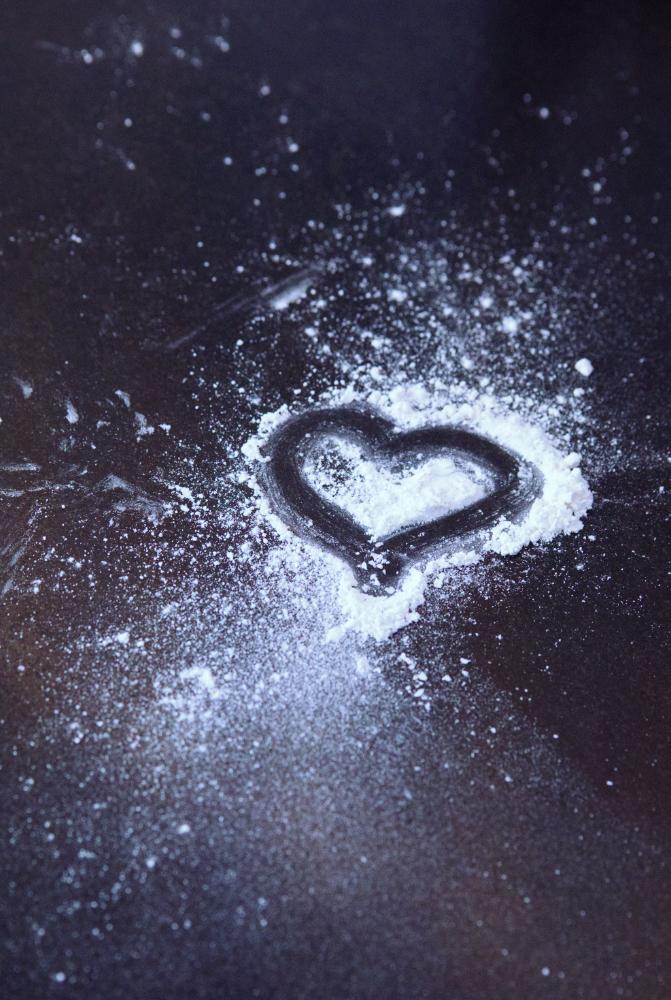 Herz in Mehl gezeichnet